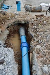 Repair water pipe