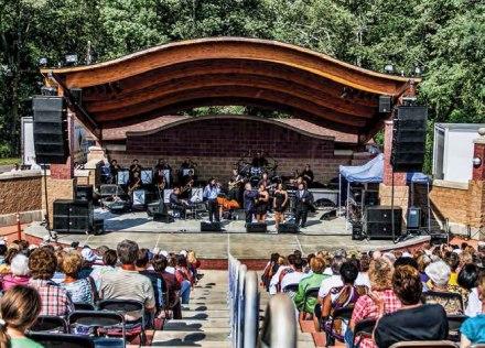 Clarksburg-Amphitheater